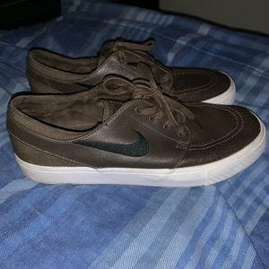 Nike Stefan Janoski leather shoes